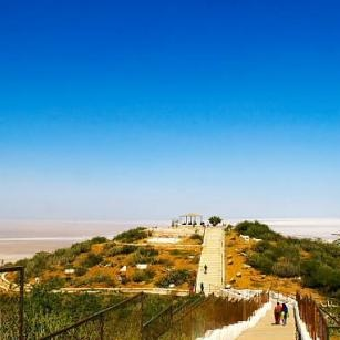 Black hill white rann rakshak vann rudrani dam india bridge